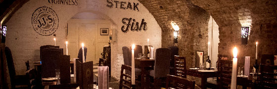 Le Restaurant Castle Vaults
